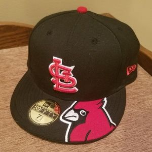 Fitted Cardinals Hat